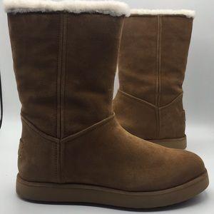 UGG Classic Short BLVD Chestnut Suede Boots